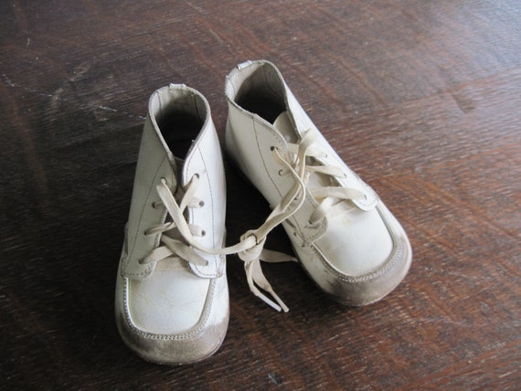 Stride Rite White High Top Shoes