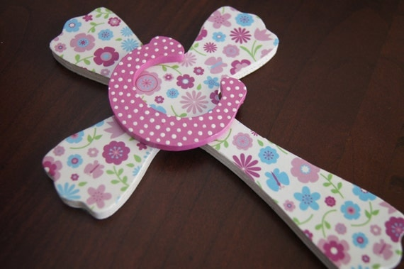 Girls Wall Cross, Personalized Gift, Girls Baptism Gift, New Baby Gift, Wooden Wall Cross, First Communion Gift