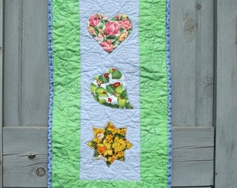 Spring Summer Wall Hanging,  Spring Quilt,  Door Decoration Flowers Leaves Sun