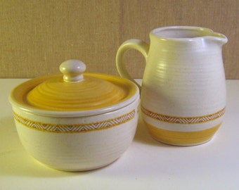 Vintage Franciscan Earthenware Hacienda Gold Creamer and Sugar Bowl Set