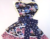 """Retro, Sexy Pin Up Style Apron,  US Navy, """"No Self But Country"""""""