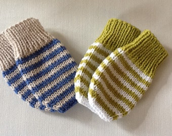 Hand knitted Baby mittens.Striped Baby mittens without thumbs.