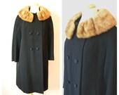 Vintage 1960s BLACK WOOL Coat with FUR Collar/ size Medium
