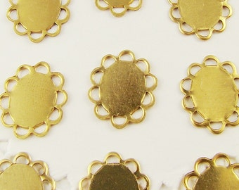 Oval 10x8mm Raw Brass Flat Lace Edge Settings Scalloped - 12
