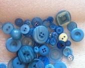 50 blue buttons destash