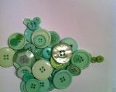 Mint green destash buttons light green pale green sewing buttons plastic buttons