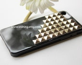 Steampunk Silver (or Bronze, gold) Pyramid studs Studded Black Hard iPhone 5/5s Case