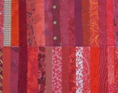"""DESTASH Quilt Fabric Cotton 5"""" Squares Red Charm Pack"""