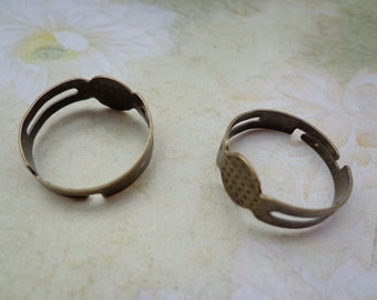 SALE--20pcs-Antique Bronze Ring Adjustable with 8mm Round Pad