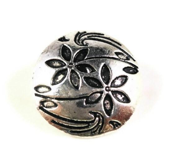 Metal Shank Buttons 17x7mm Antique Silver Tone Metal Round Flower Buttons, Wrap Bracelet Buttons, Sewing Supplies, Craft Supplies, 5pcs