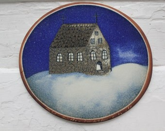 "Collectible wall plate ""Church"" ""Kirkko"" by Arabia Finland"