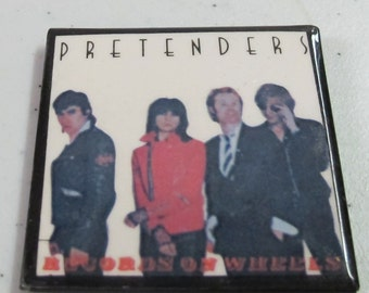 Vintage Collectible button : the pretenders