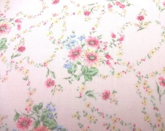 SALE Japanese fabric Flower Bouquet and Heart Pink FQ TP052