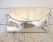 Vintage 80s Metallic Silver faux snake skin purse shoulder bag