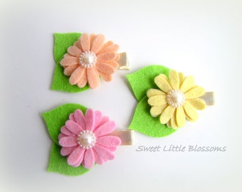 Felt Hair Clip Set - Spring Easter Daisies in Bloom - Pastel Pink, Yellow, Peach