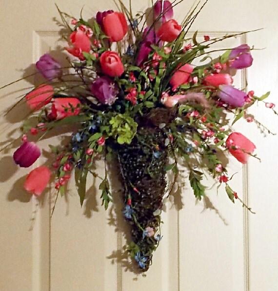 Door wreath wall pocket moss cone tulip floral arrangement for Wall decor arrangements