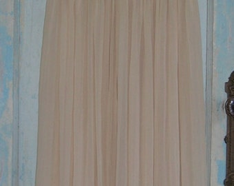 SALE Vintage Silk Peignoir Lingerie Night Gown