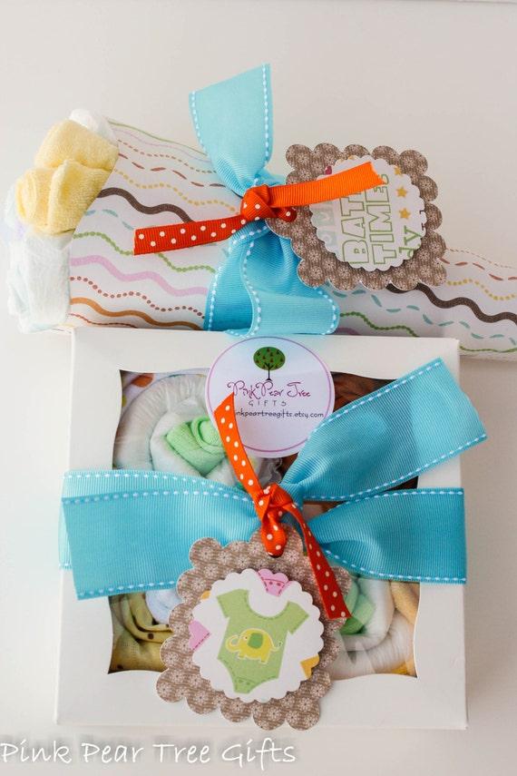 gender neutral gift set baby shower gift w baby diaper bouquet