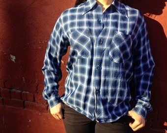 Shapely By Mack Vintage 40s Blue Button-up Shirt