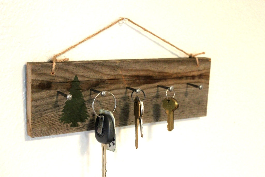 Reclaimed wall key holder cabin decor wooden key hanger - Key racks for wall ...