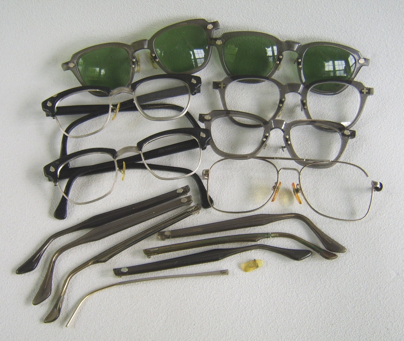 Glasses Frame Parts : Vintage Eyeglass Parts Frames Sunglasses Repair Lot