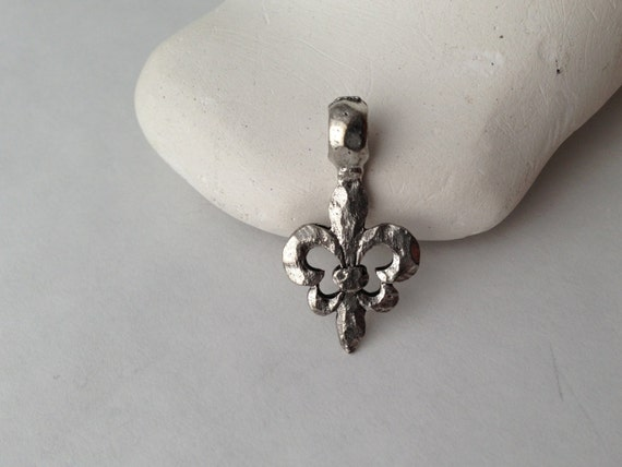 Hammered, SILVER, Fleur-de- Lis, Pendant, Charm, Mixed Metal, Bohemian, Jewelry Supplies