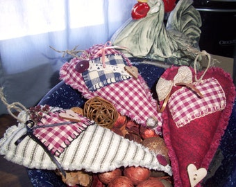 Mother's Day Gift, Handmade Fabric Hearts, Primitive, Rustic, Primitive, Scented or Unscented Country Bowl Fillers, Ornaments, Calico Prints