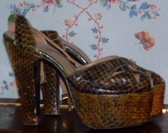 Herberts Chicago womens  olive green snakeskin 40's open toe high heel platform shoes swing era rockabily