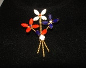 Glass Flowers Red, White and Blue Gold Tone Brooch, pin