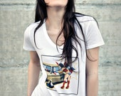 Woman T-shirt white. Wonder woman and cap. America ironic reinterpretation screenprint. Slim fit style, 165oz 100% cotton screenprint