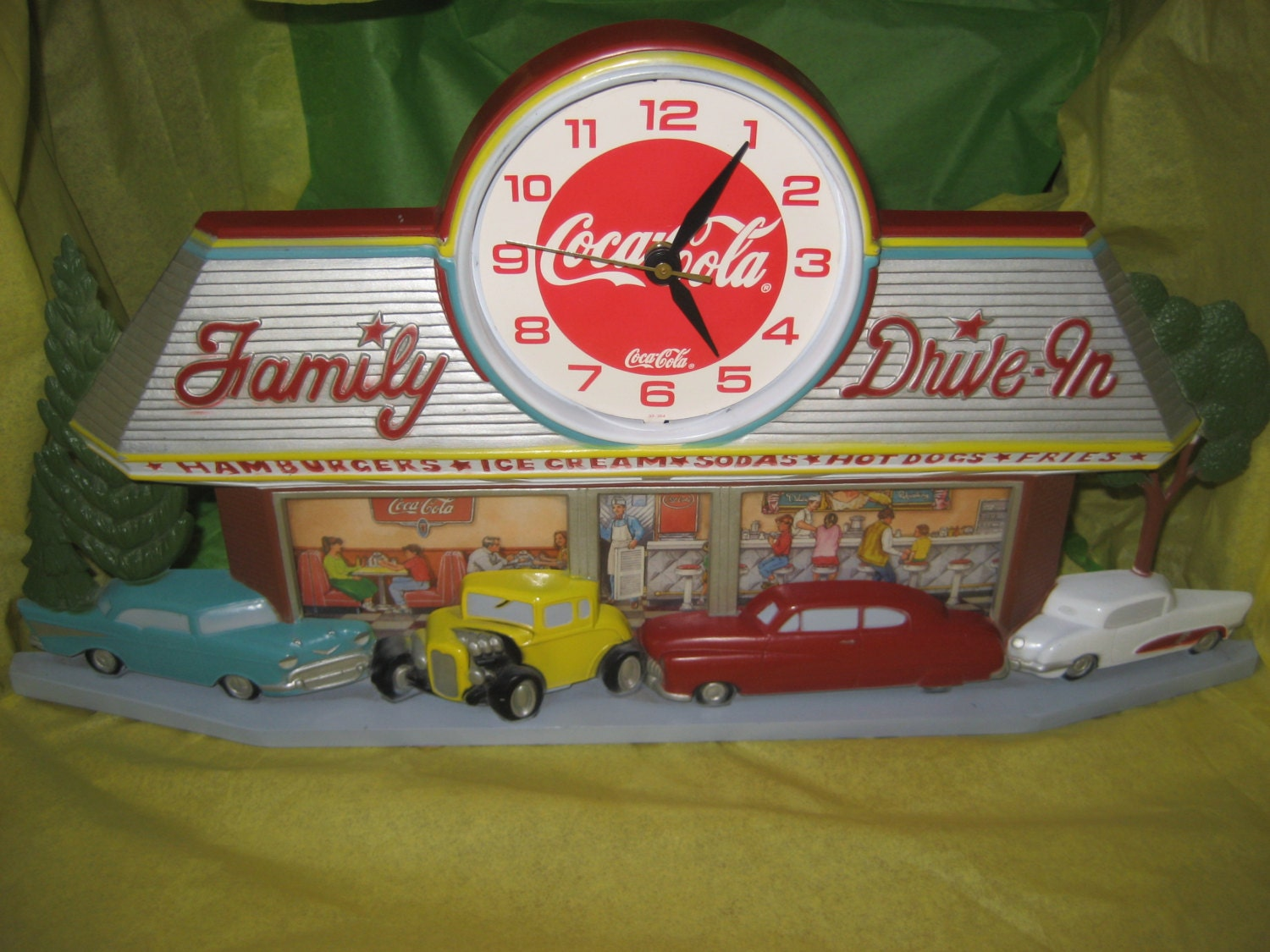 Coca Cola Family Drive In Battery Wall Clock As Is C1988