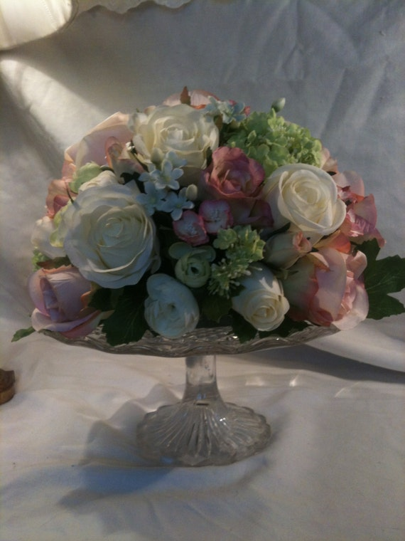 Artificial flower wedding table cake stand by