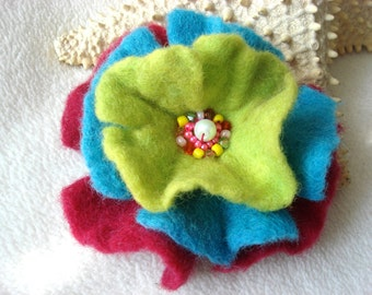 Fuksia Blue Green Felted Flower Brooch Pin,Wool Felt, Felted Wool, Felt Brooch, Flower Brooch, Felt Flower Pin, Beaded Flower
