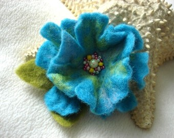 Bright Blue Felted Flower Brooch Pin,Wool Felt, Felted Wool, Felt Brooch, Flower Brooch, Felt Flower Pin, Beaded Flower