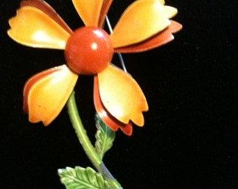 Beautiful Vintage Enamel Flower Brooch
