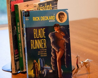 Blade Runner Pulp Novel Sketchbook