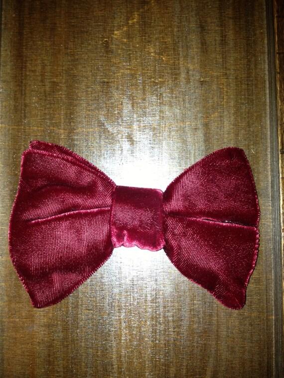 Vintage Red Velvet Clip Bow Tie