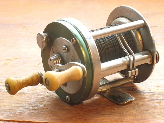 FISHING REEL Shakespeare Marhoff 1964 Baitcasting Fishing Reel, Excellent, Vintage