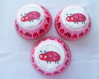 CLEARANCE - 75 Ladybug heart cupcake baking cups - Valentine cupcake liners - heart cupcake liners - Ladybug cupcake cups - Wilton cups