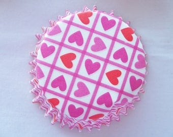 CLEARANCE - 50 Pink and red heart cupcake baking cups - Valentine heart cupcake liners  - Valentines baking supplies - wedding cups