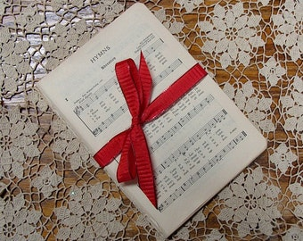 Vintage 1933 Hymnal Pages (50 Pages)