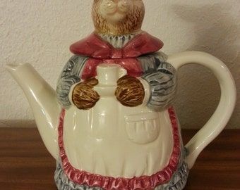 Ceramic Rabbit Teapot