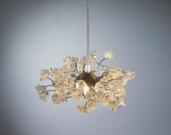 Pendant light with Clear flowers and metal wire hanging chandelier for hall, bathroom, bedside light.