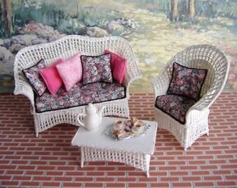 Dollhouse Miniature Victorian Ornate Ladies Chair 1899 Replica