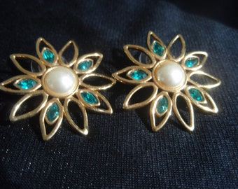 Vintage Earrings Gold Pearl and Green Stone earrings   Collectible Earrings with makers mark