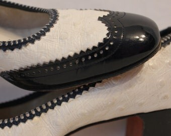 Black and White DeLiso Debs Spectator Pumps/Shoes - Size 5 N
