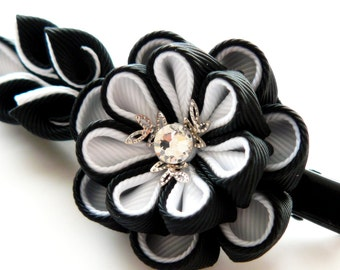 Kanzashi fabric flower hair clip. Black and white.