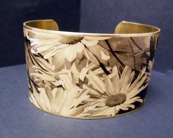 Sepia Toned Daisy Flowers 1 1/2 Inch Brass Cuff Bracelet