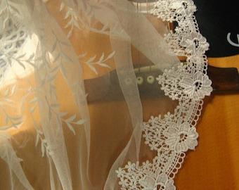 ivory venise lace trim, guipure lace trim, bridal lace trim.
