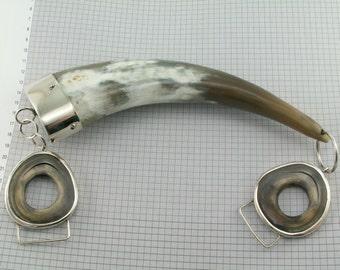 Purse handle. Horn handle with alpaca.